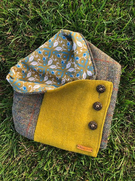 Kells Harris Tweed Neck Wrap