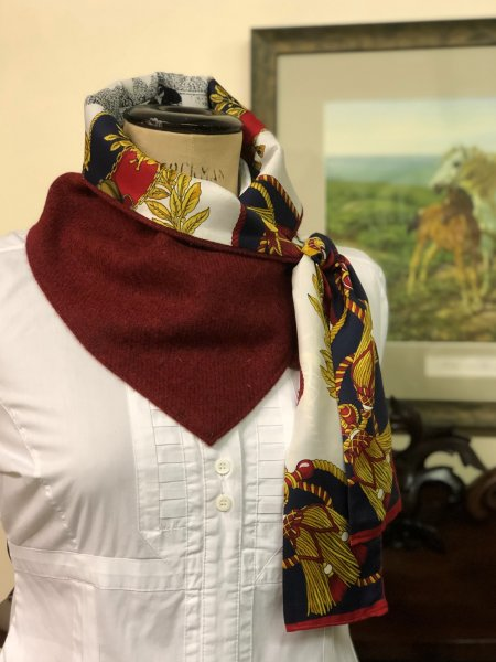 Ballater Neck Wrap